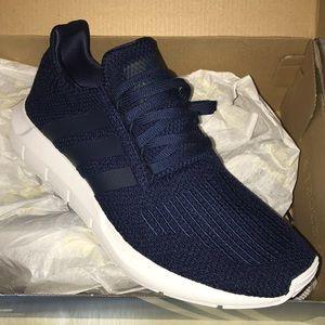 Adidas swift run B37727